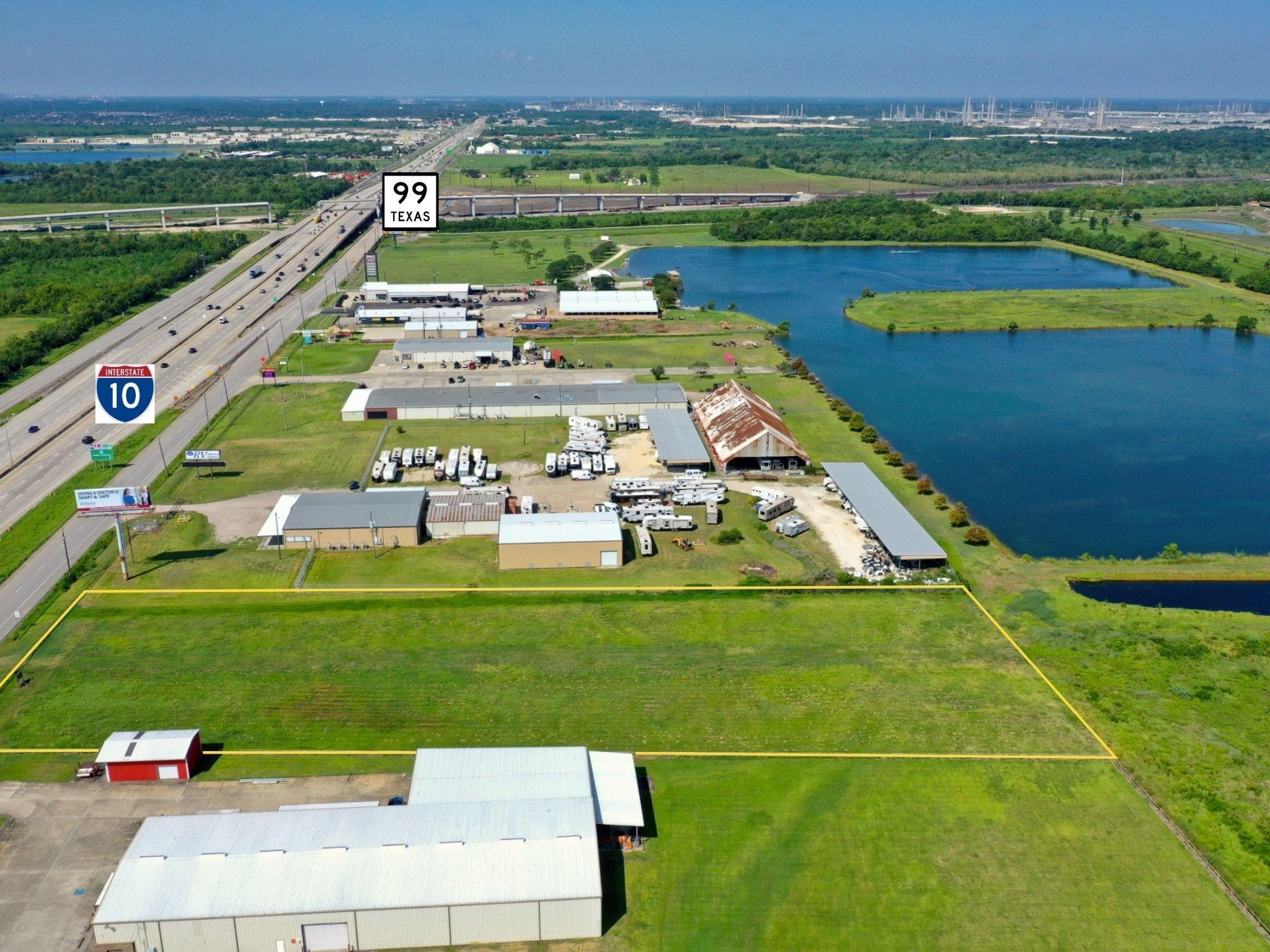 12545 Interstate 10 E Property Photo - Baytown, TX real estate listing