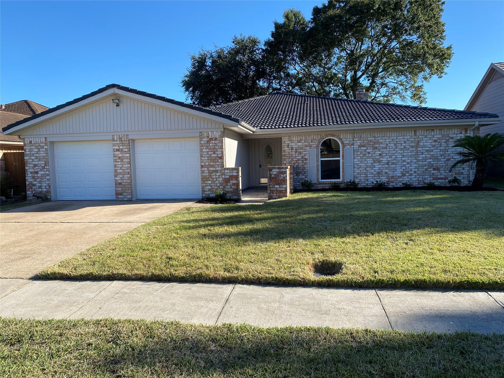 4610 Iroquois Drive Property Photo - Pasadena, TX real estate listing