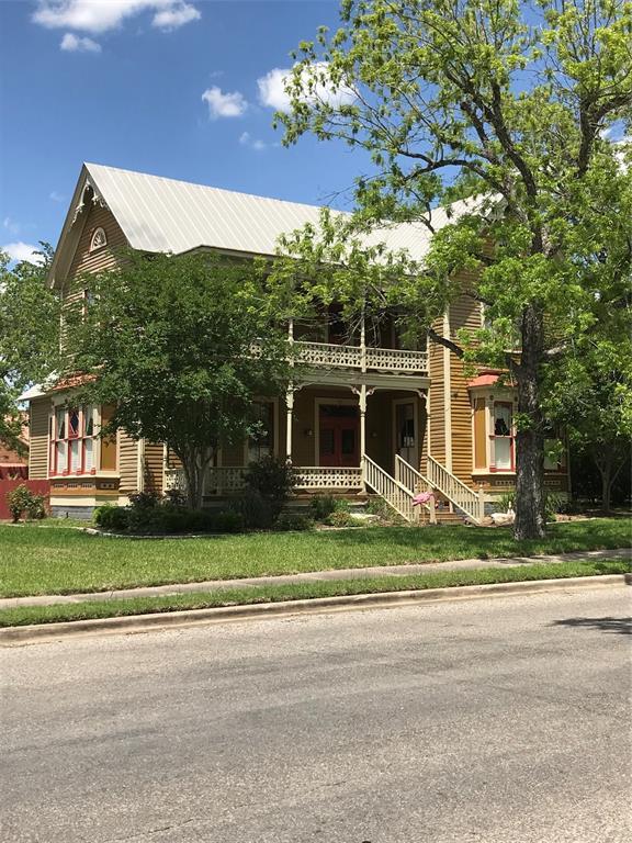 501 3rd Street, Hallettsville, TX 77964 - Hallettsville, TX real estate listing