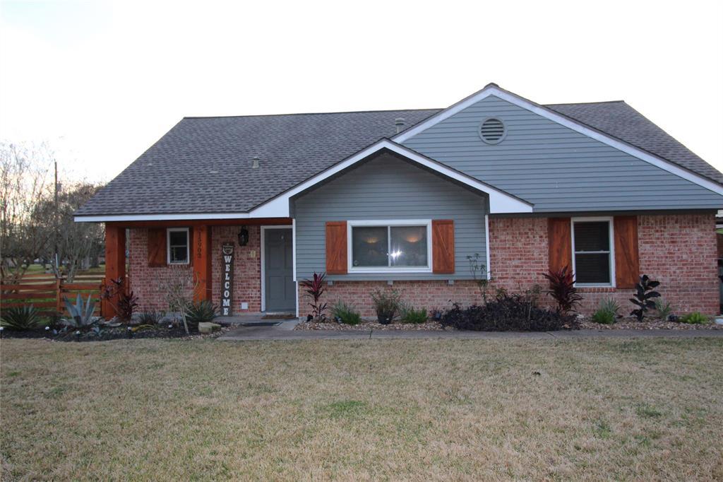 15902 Magnolia Drive, Alvin, TX 77511 - Alvin, TX real estate listing