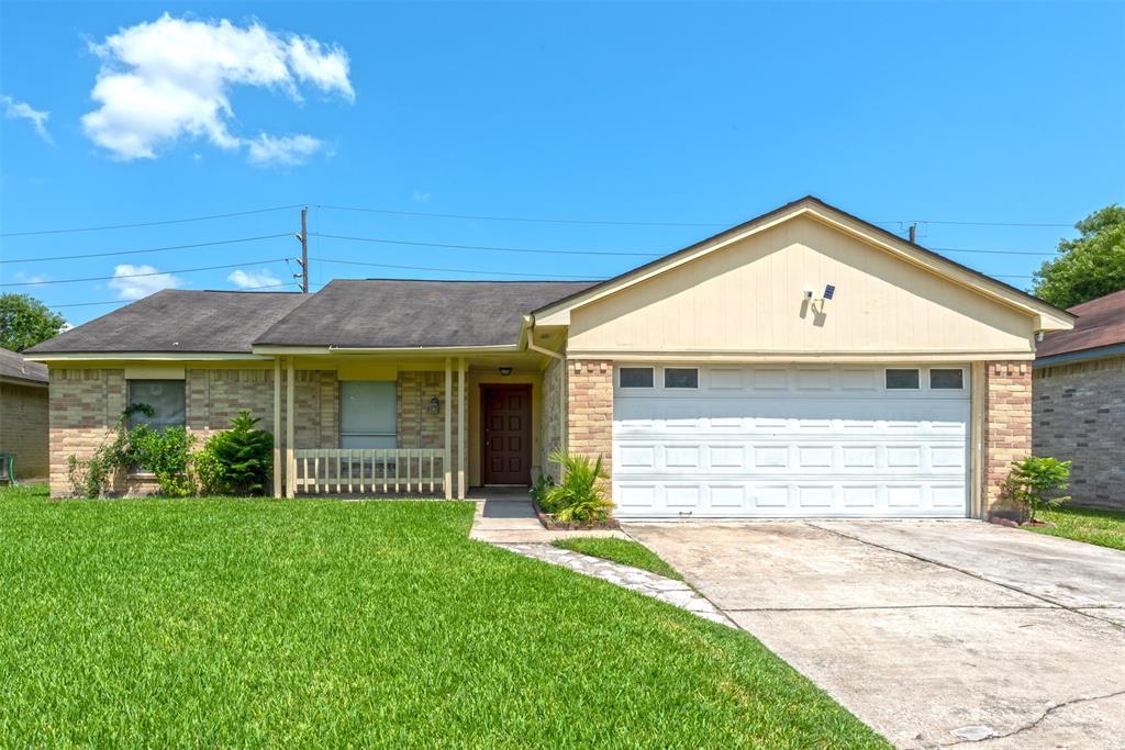 10902 Fallbrook Drive, Houston, TX 77064 - Houston, TX real estate listing
