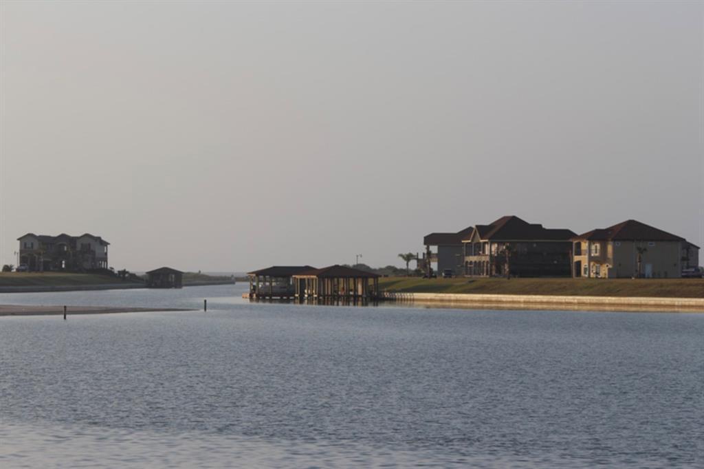 323 Chardonnay Way, Seadrift, TX 77982 - Seadrift, TX real estate listing