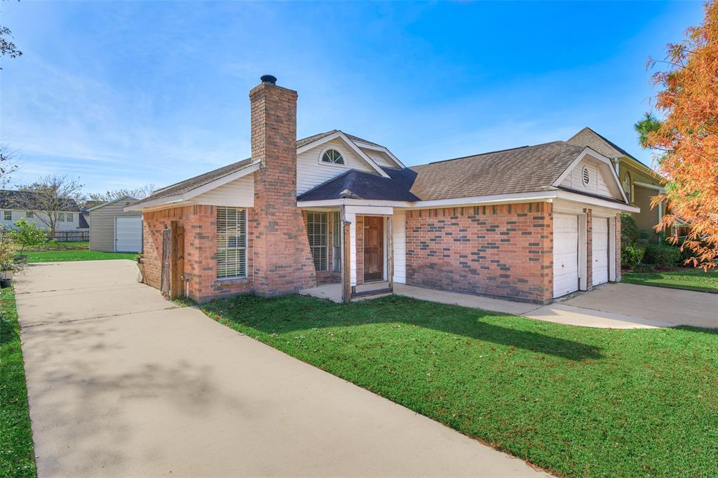 6114 Ghana Lane, Pasadena, TX 77505 - Pasadena, TX real estate listing