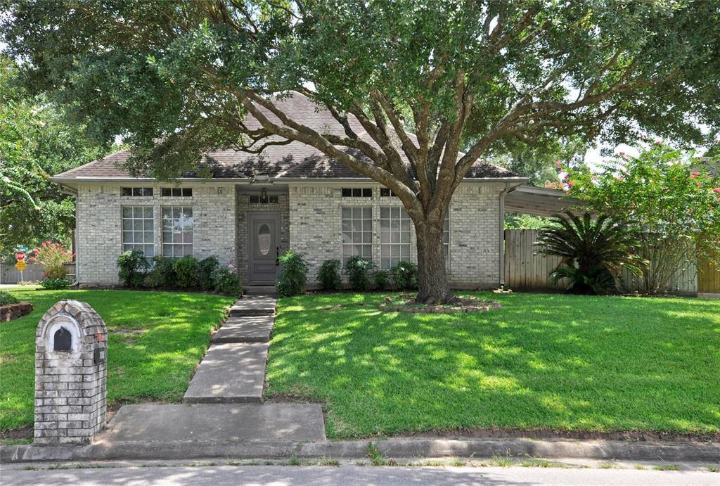 118 Heather Lane Property Photo - Oak Ridge North, TX real estate listing
