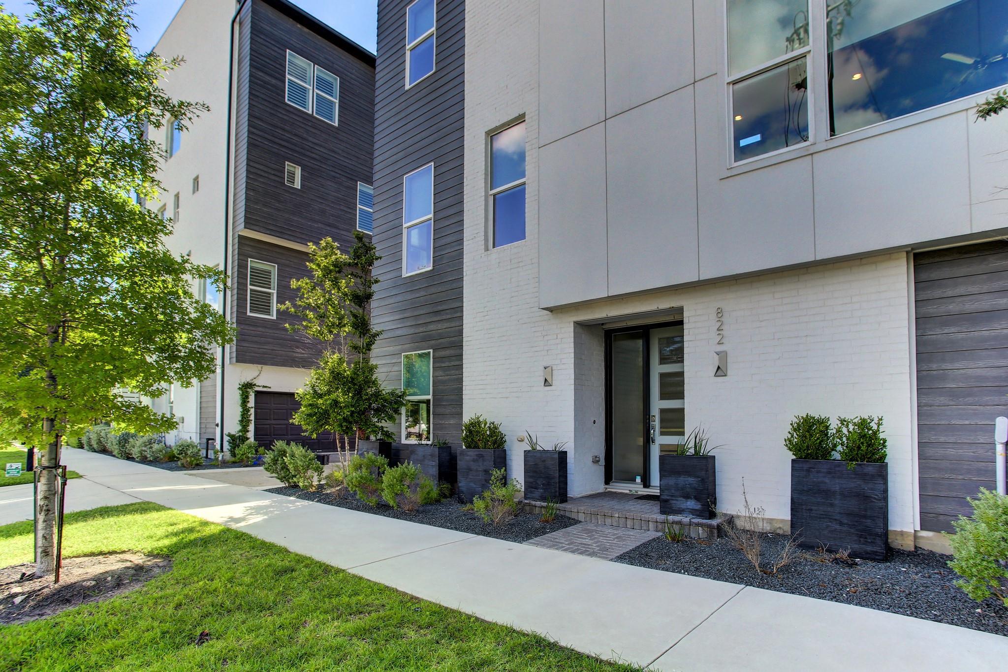 822 Nagle Street Property Photo