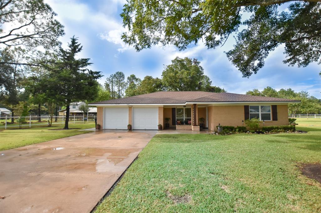 6119 Boxwood Street, Brookside, TX 77581 - Brookside, TX real estate listing