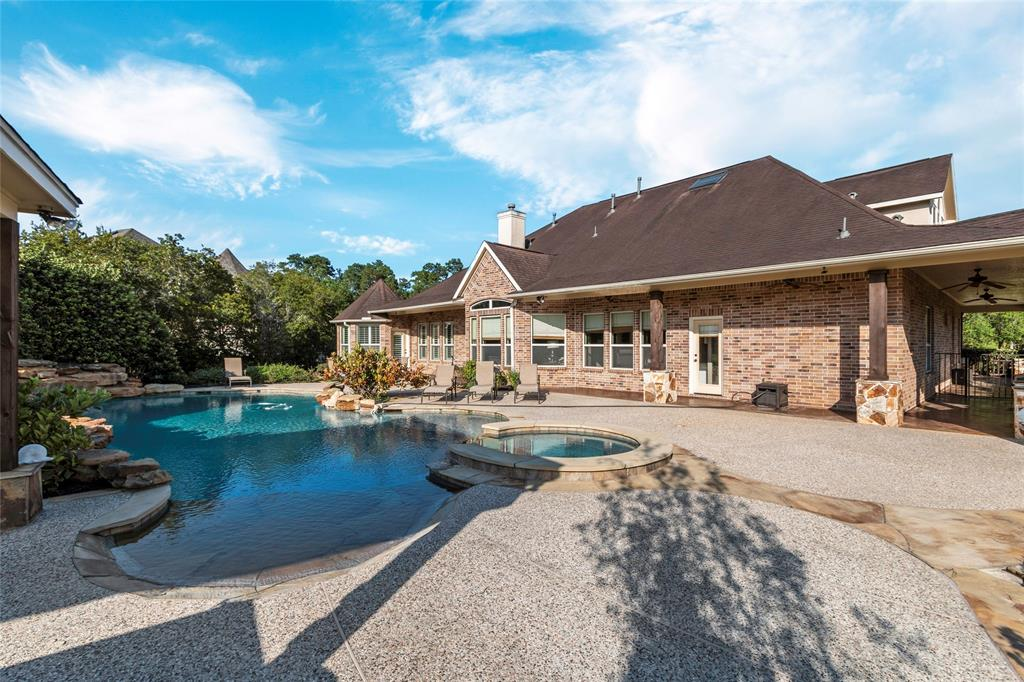 36951 Anglers Way Property Photo - Pinehurst, TX real estate listing