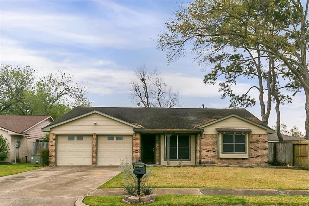 11810 Monticeto Lane, Meadows Place, TX 77477 - Meadows Place, TX real estate listing