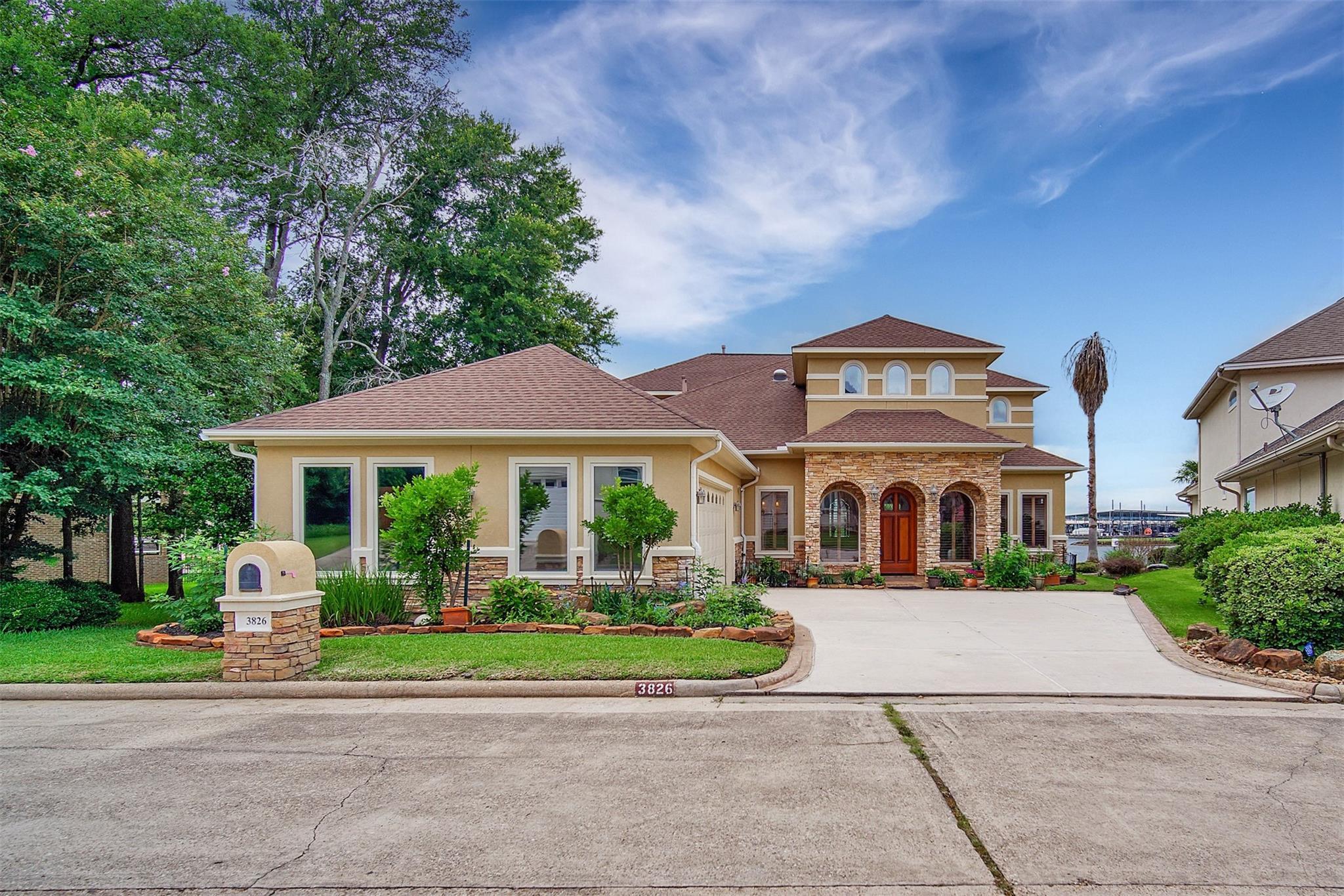 3826 Walden Estates Drive Property Photo 1