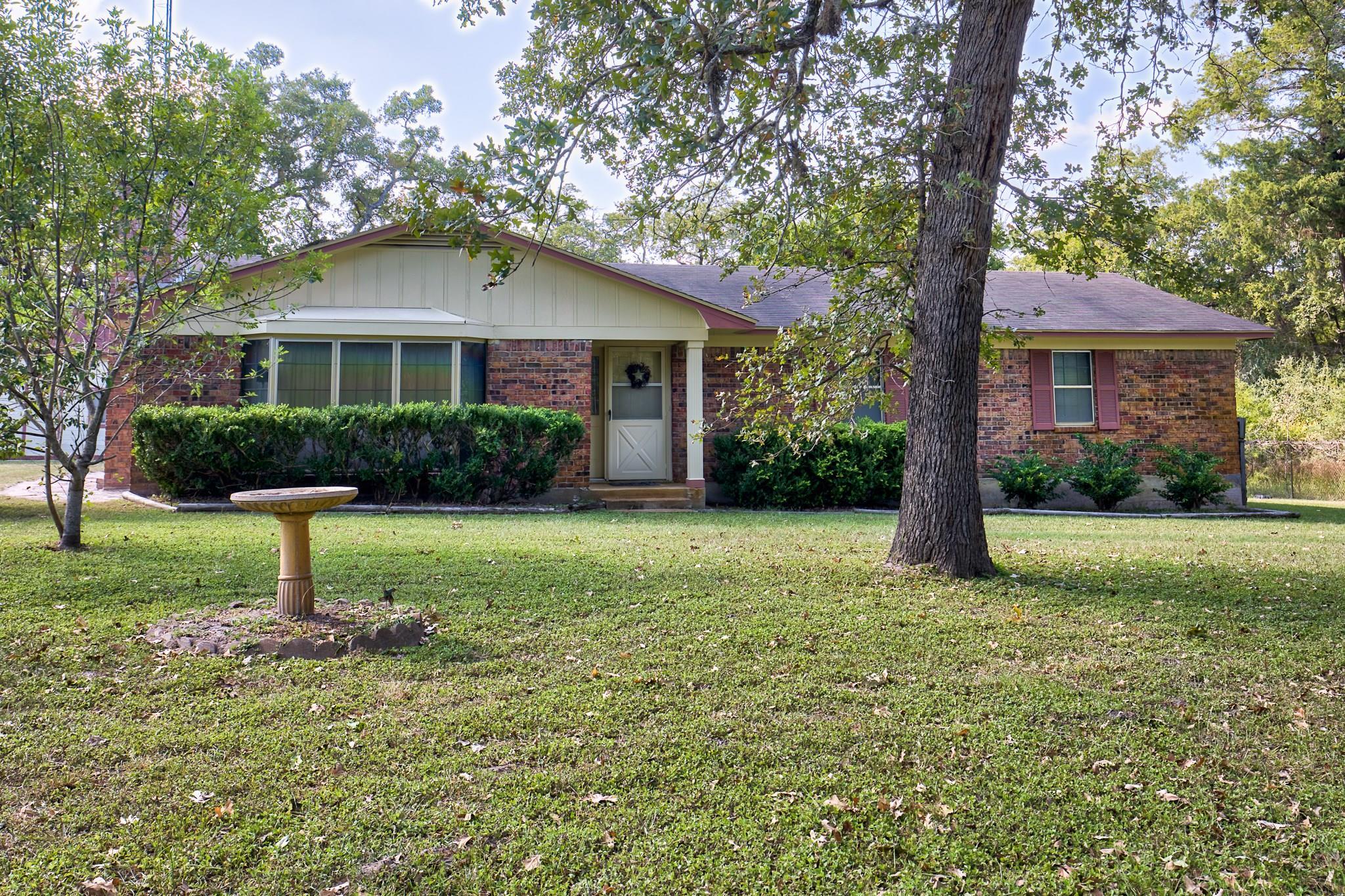 8255 Pheasant Lane Property Photo