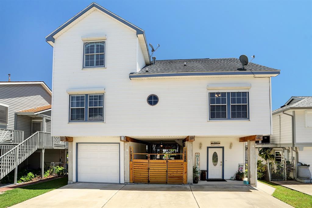33 N Flamingo Street Property Photo - La Marque, TX real estate listing