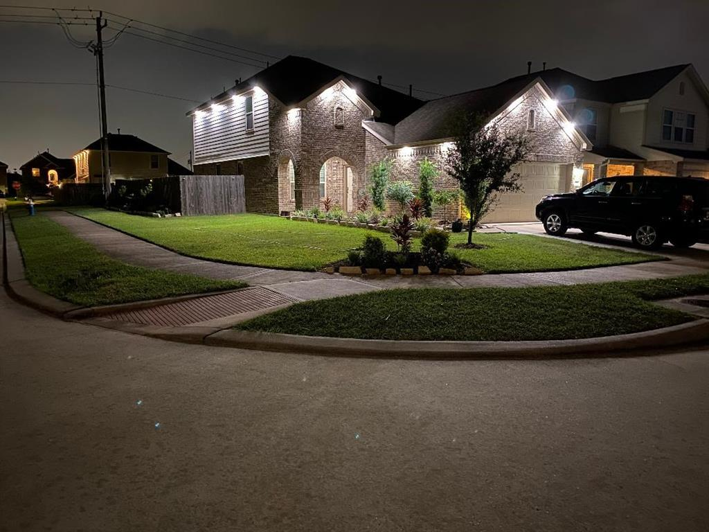 10827 Brittan Leaf Lane Property Photo - Houston, TX real estate listing
