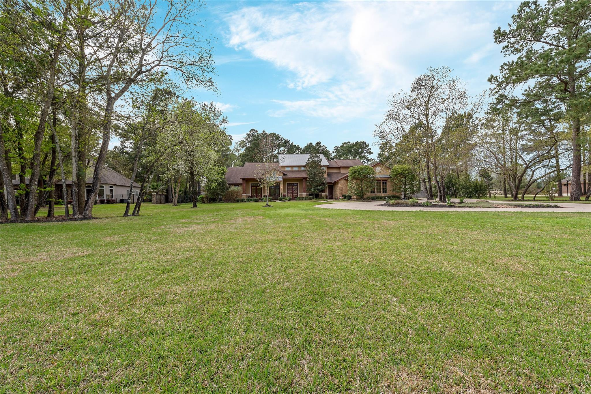 16915 Hereford Drive Property Photo - Tomball, TX real estate listing