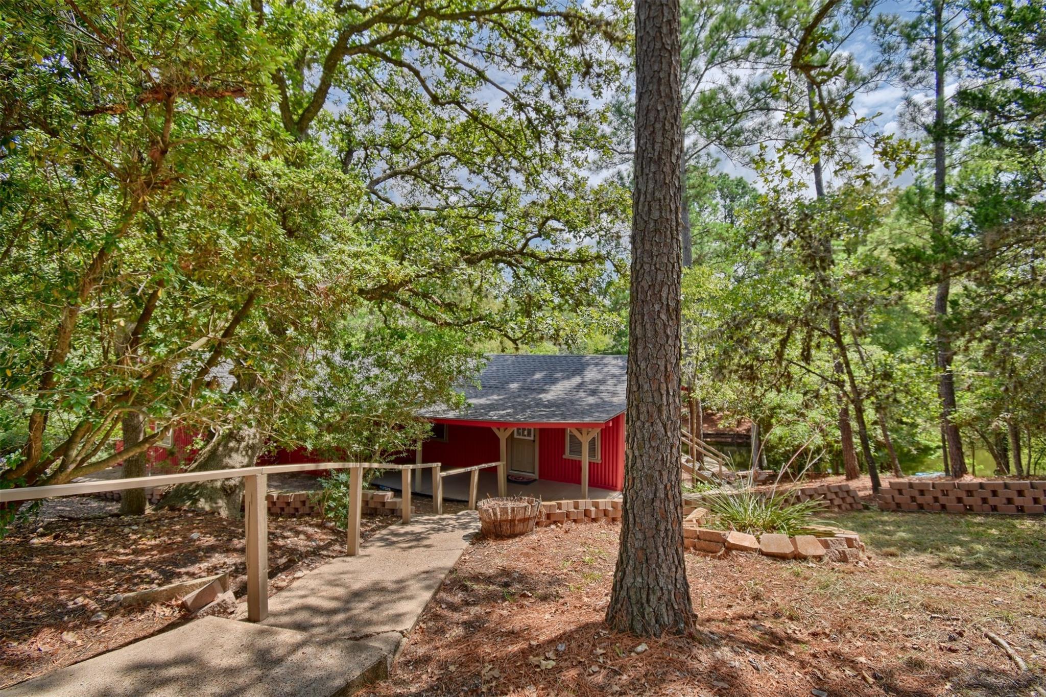463 Clear Lake Drive Property Photo