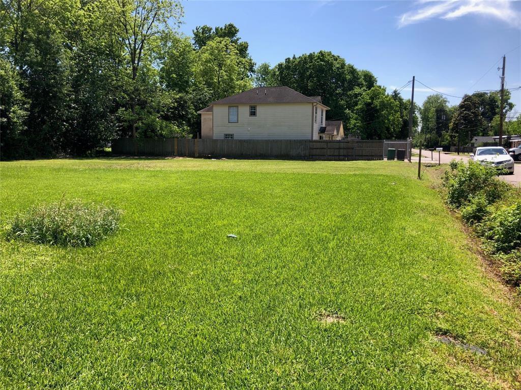 6660 Tuskegee Street Property Photo