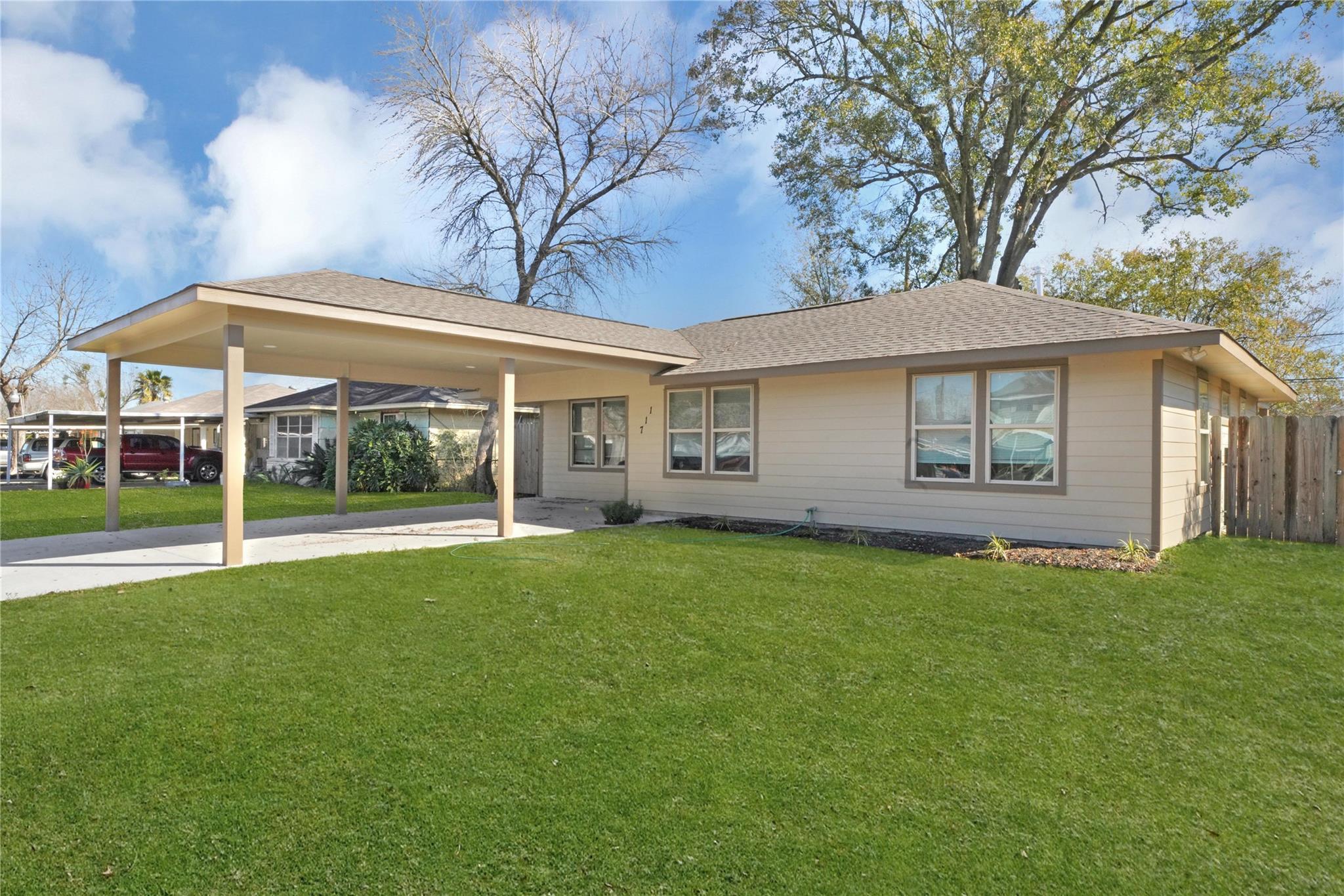 711 Woodbine Street Property Photo - Houston, TX real estate listing