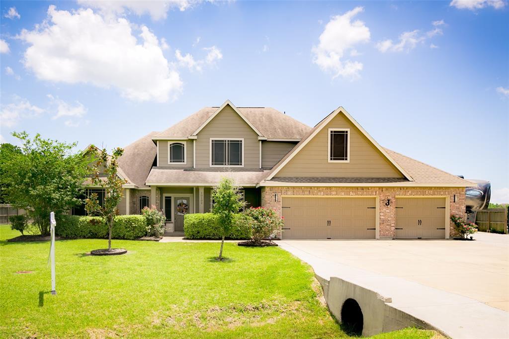 10102 Fan Palm Drive, Mont Belvieu, TX 77523 - Mont Belvieu, TX real estate listing