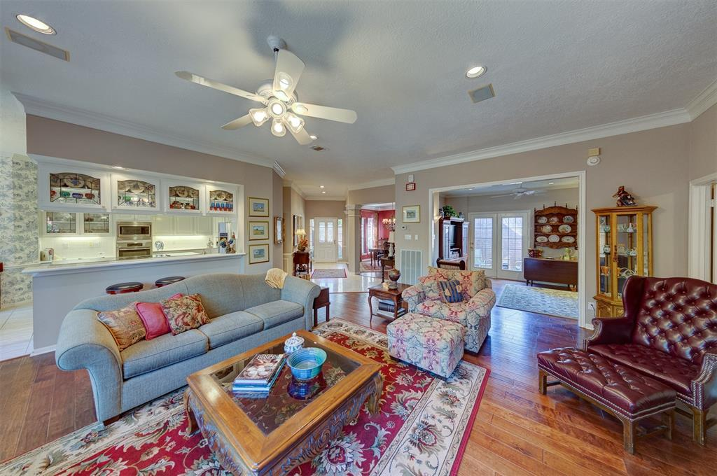 15751 Hillside Falls Trail, Houston, TX 77062 - Houston, TX real estate listing