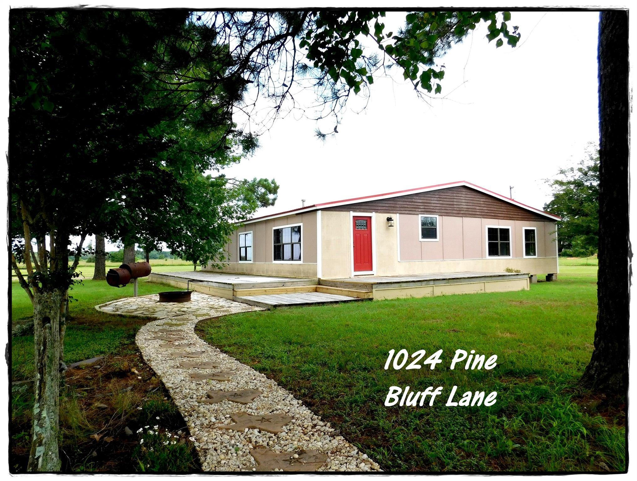 1024 Pine Bluff Lane Property Photo