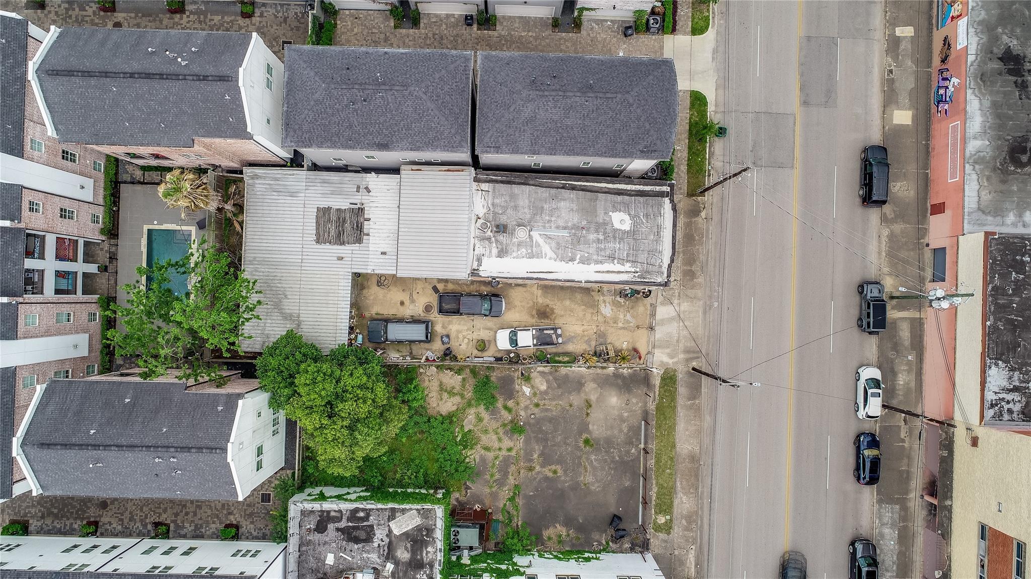 2514 Mckinney Street Property Photo - Houston, TX real estate listing
