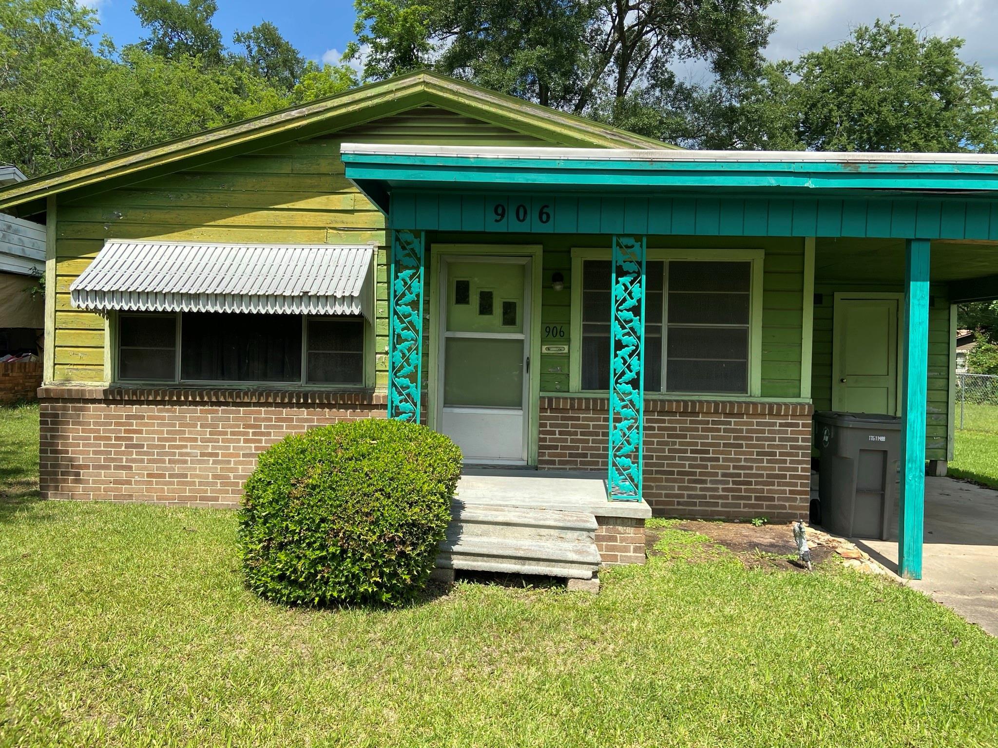 906 Cain Street Property Photo