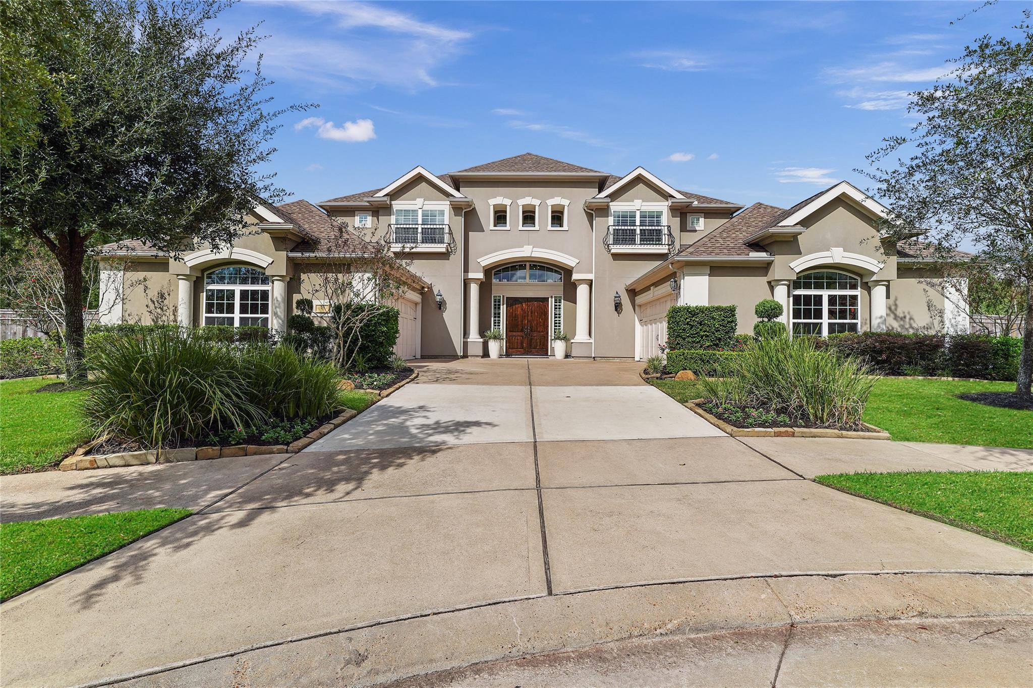 47 Pravia Path Drive Property Photo - Missouri City, TX real estate listing