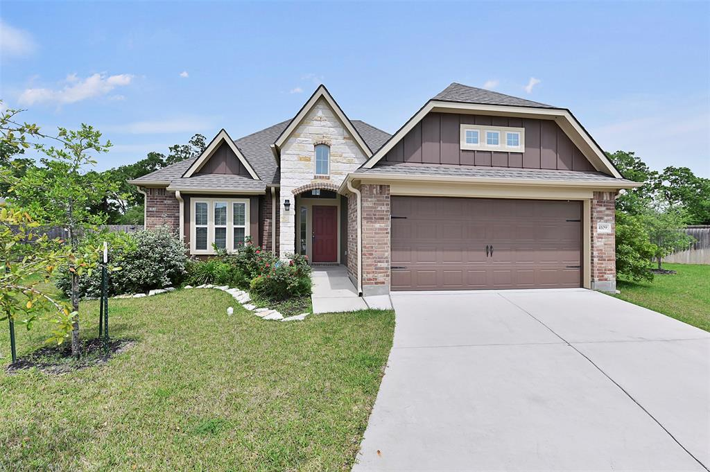 4109 Bridgewood Court Property Photo - College Station, TX real estate listing