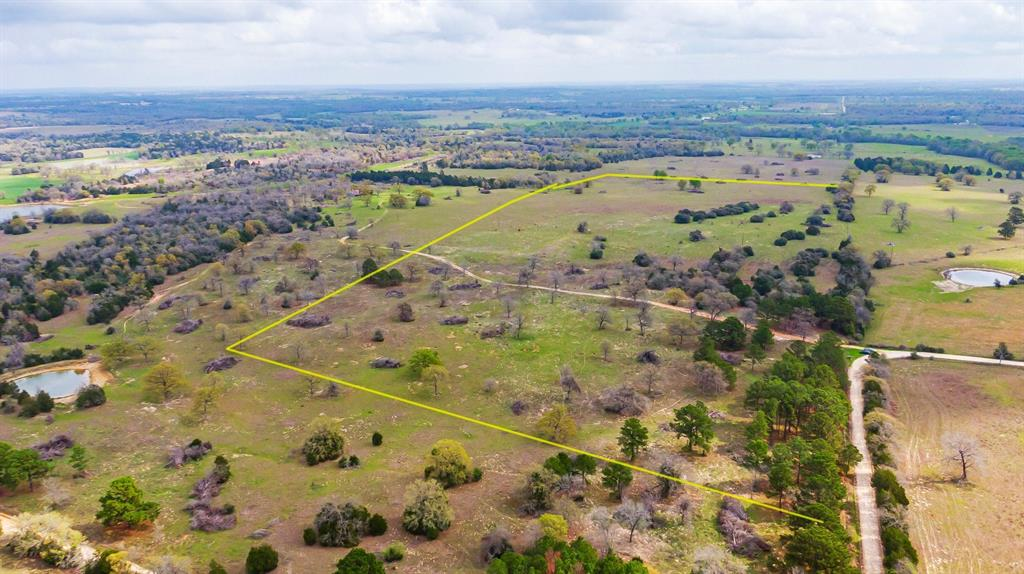 00 Longhorn Bcounty Road Property Photo - Giddings, TX real estate listing