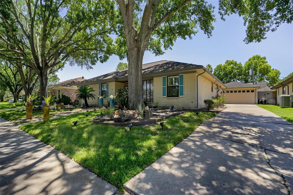7619 Del Rey Lane Property Photo - Houston, TX real estate listing