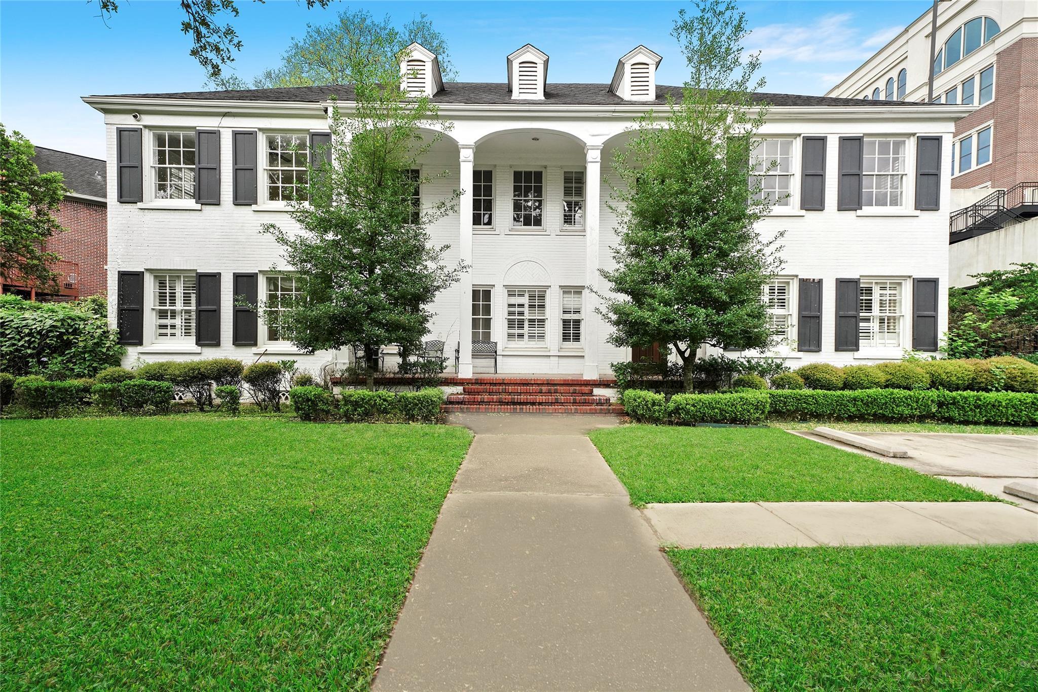 4310 Yoakum Boulevard Property Photo - Houston, TX real estate listing