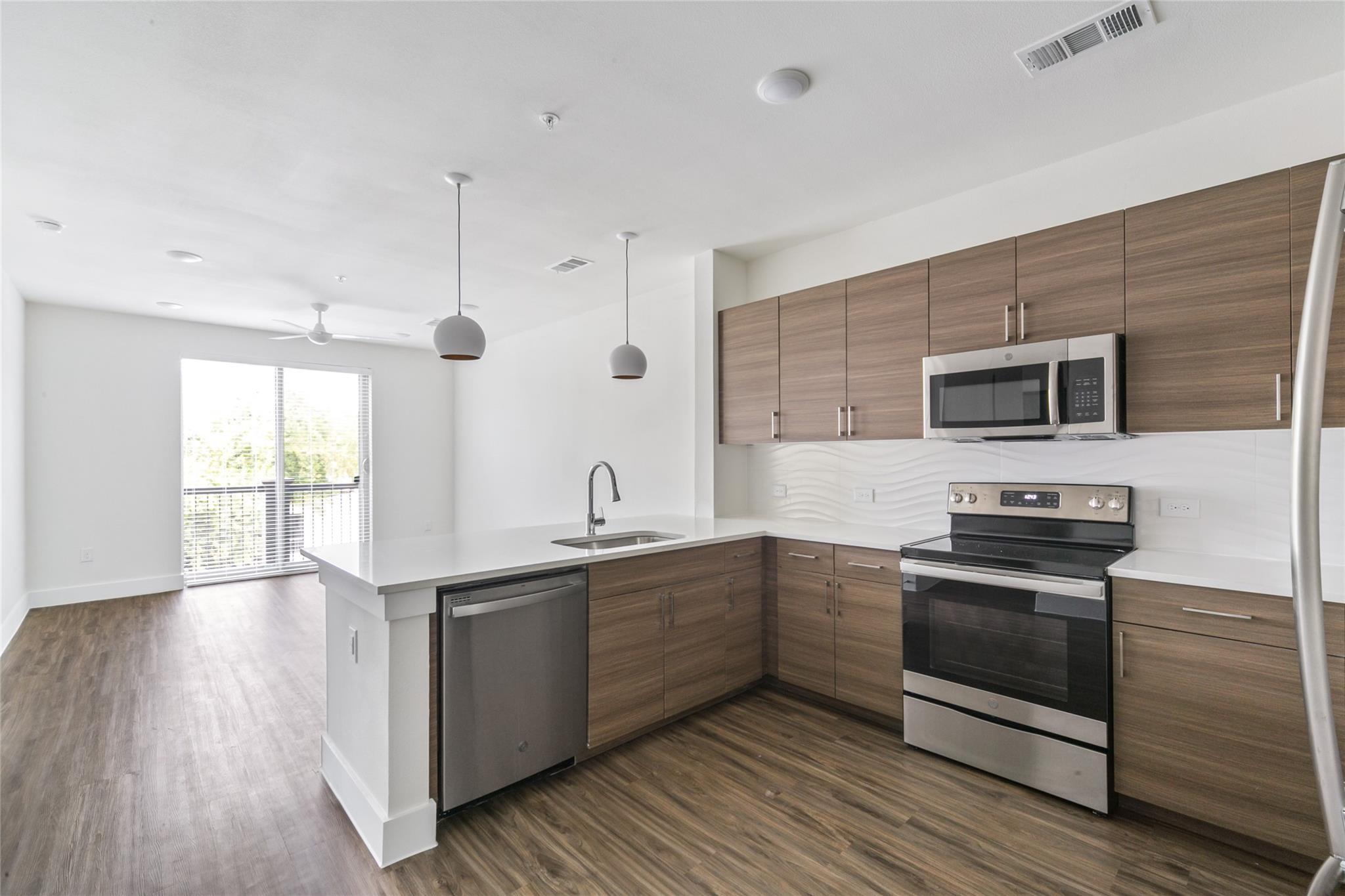 214 Avondale STREET Street #S4a Property Photo - Houston, TX real estate listing