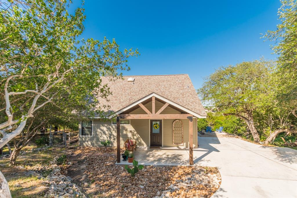 1256 Canyon Springs Drive, Canyon Lake, TX 78133 - Canyon Lake, TX real estate listing