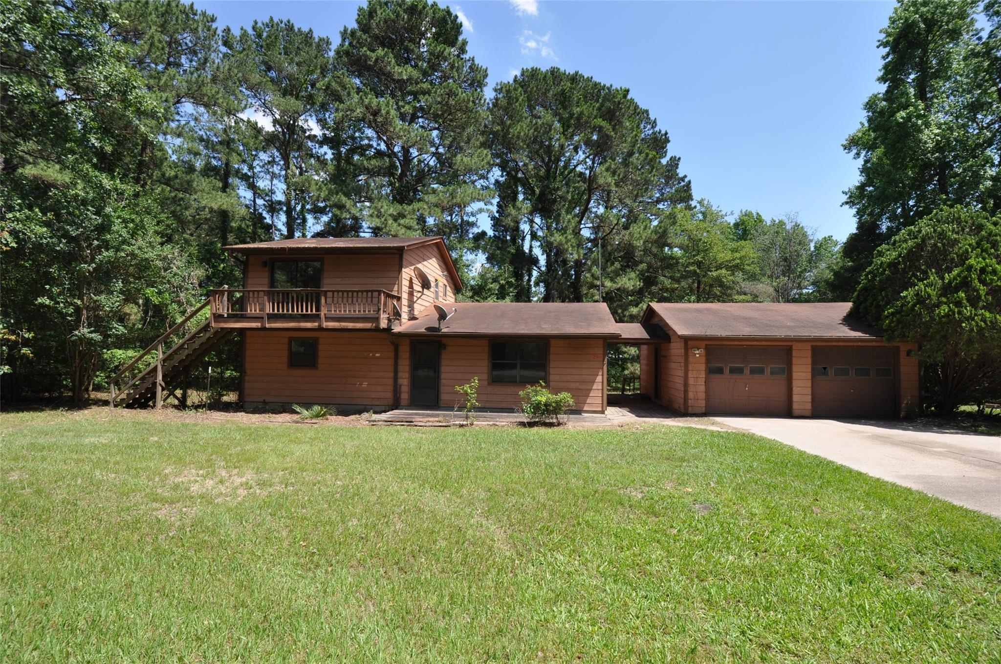 290 Pine Wood Drive Property Photo 1