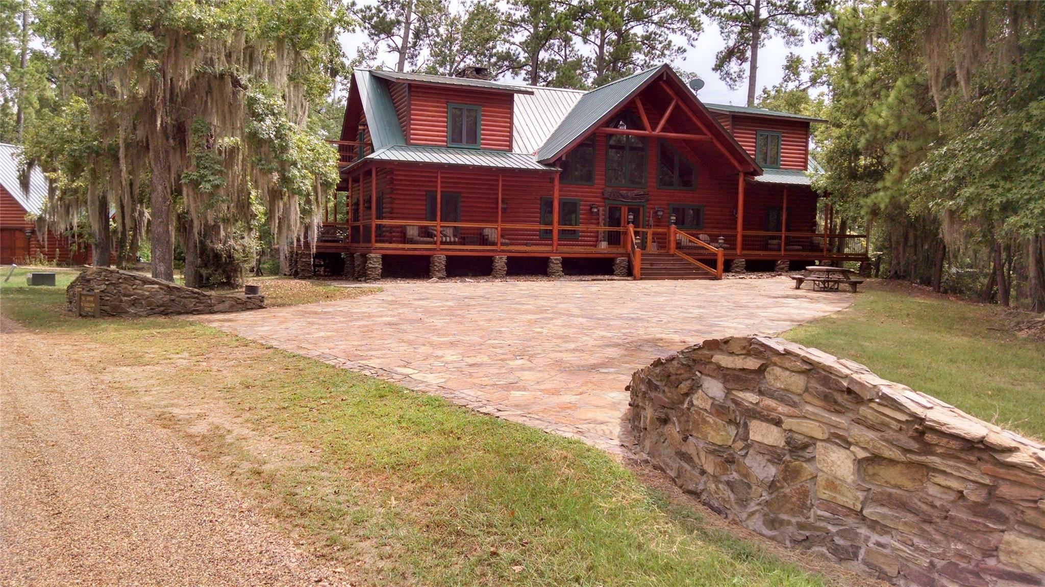 78 Raccoon Ramble Property Photo - Cleveland, TX real estate listing