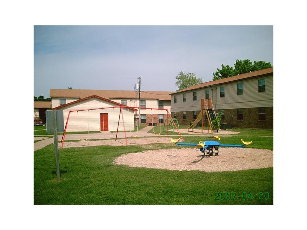 724 E Avenue N Property Photo