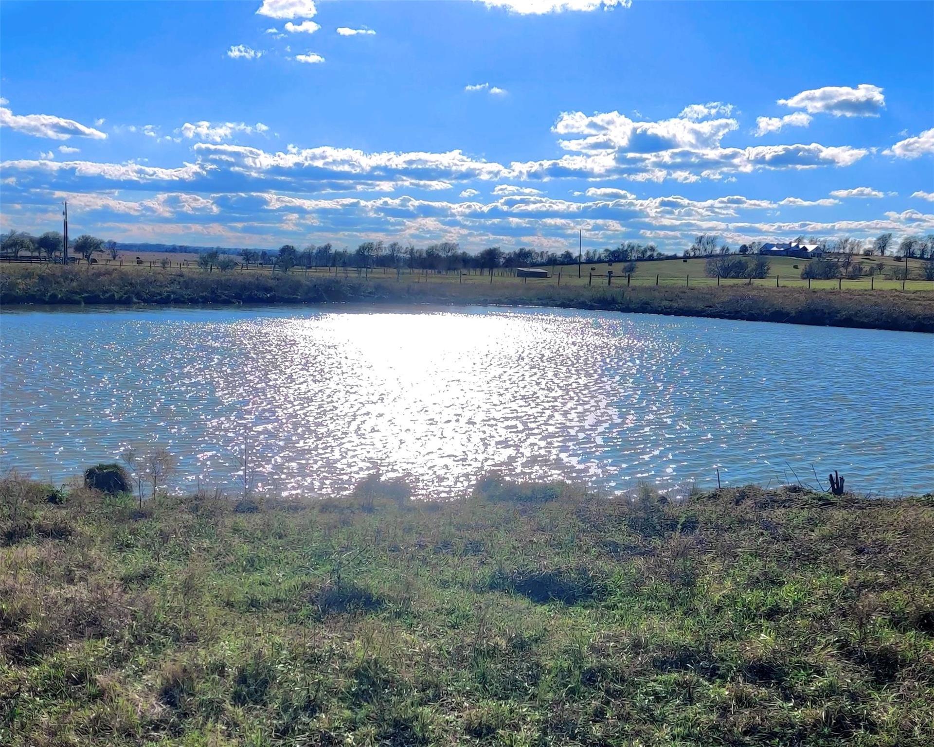 2505 Running Valley Lane Property Photo - Washington, TX real estate listing