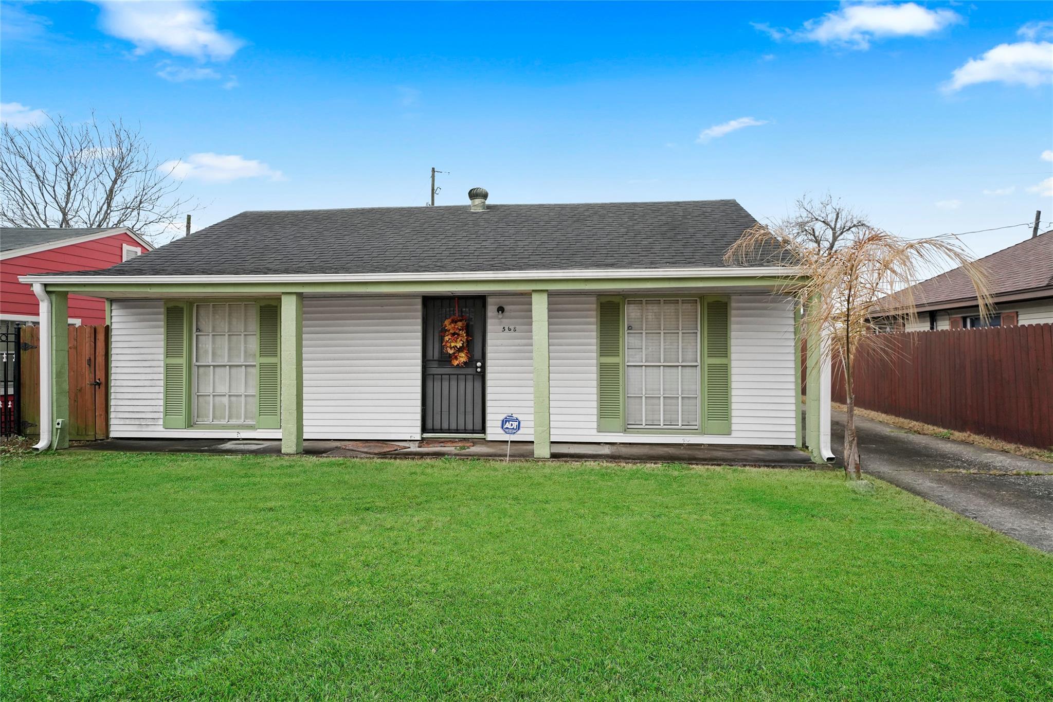 568 Pecan Drive Property Photo