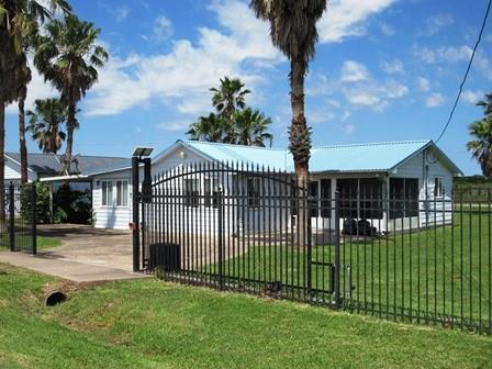 95 Seagull Drive Property Photo - Sargent, TX real estate listing