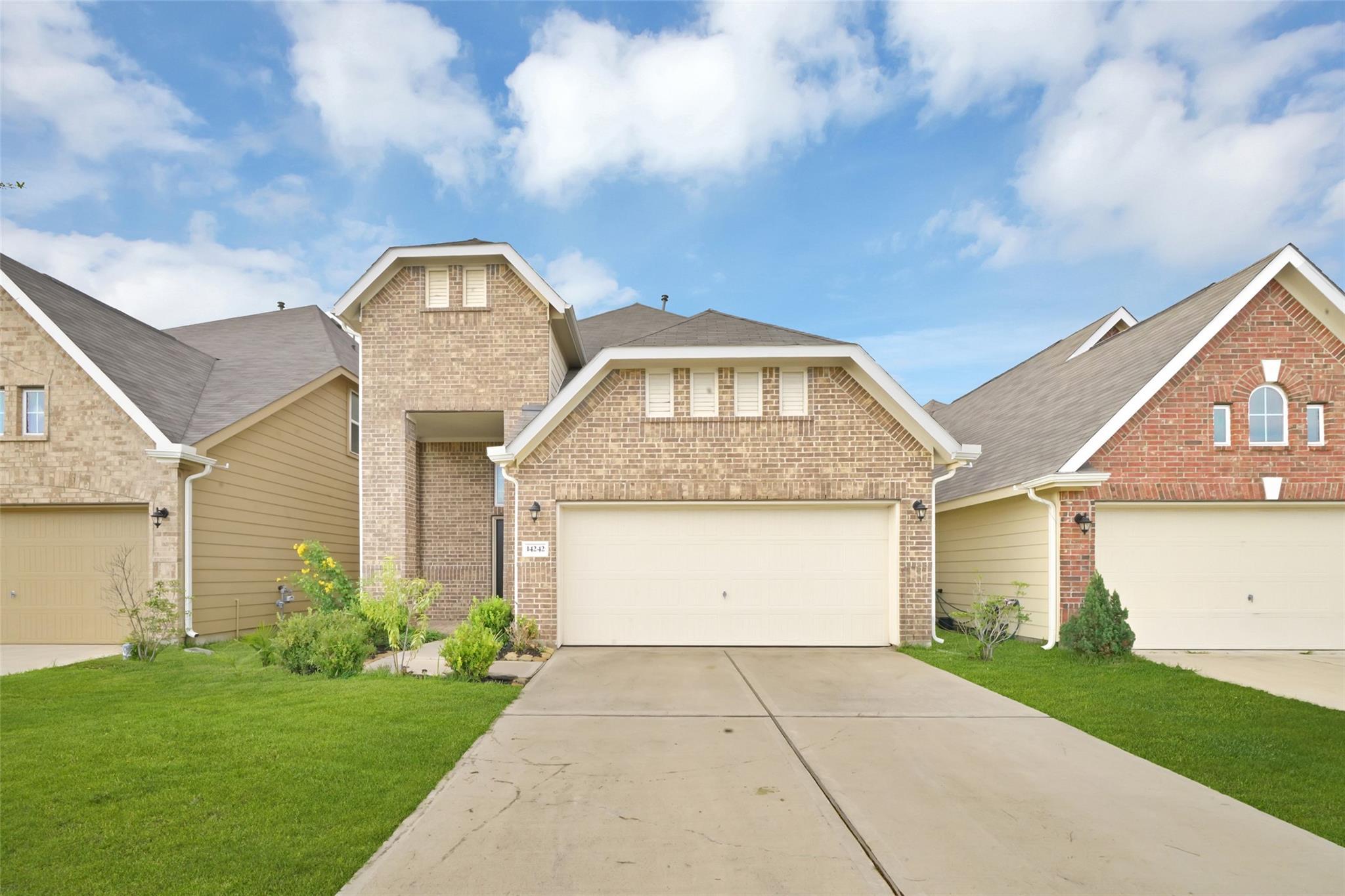 14242 Garland Brook Drive Property Photo 1