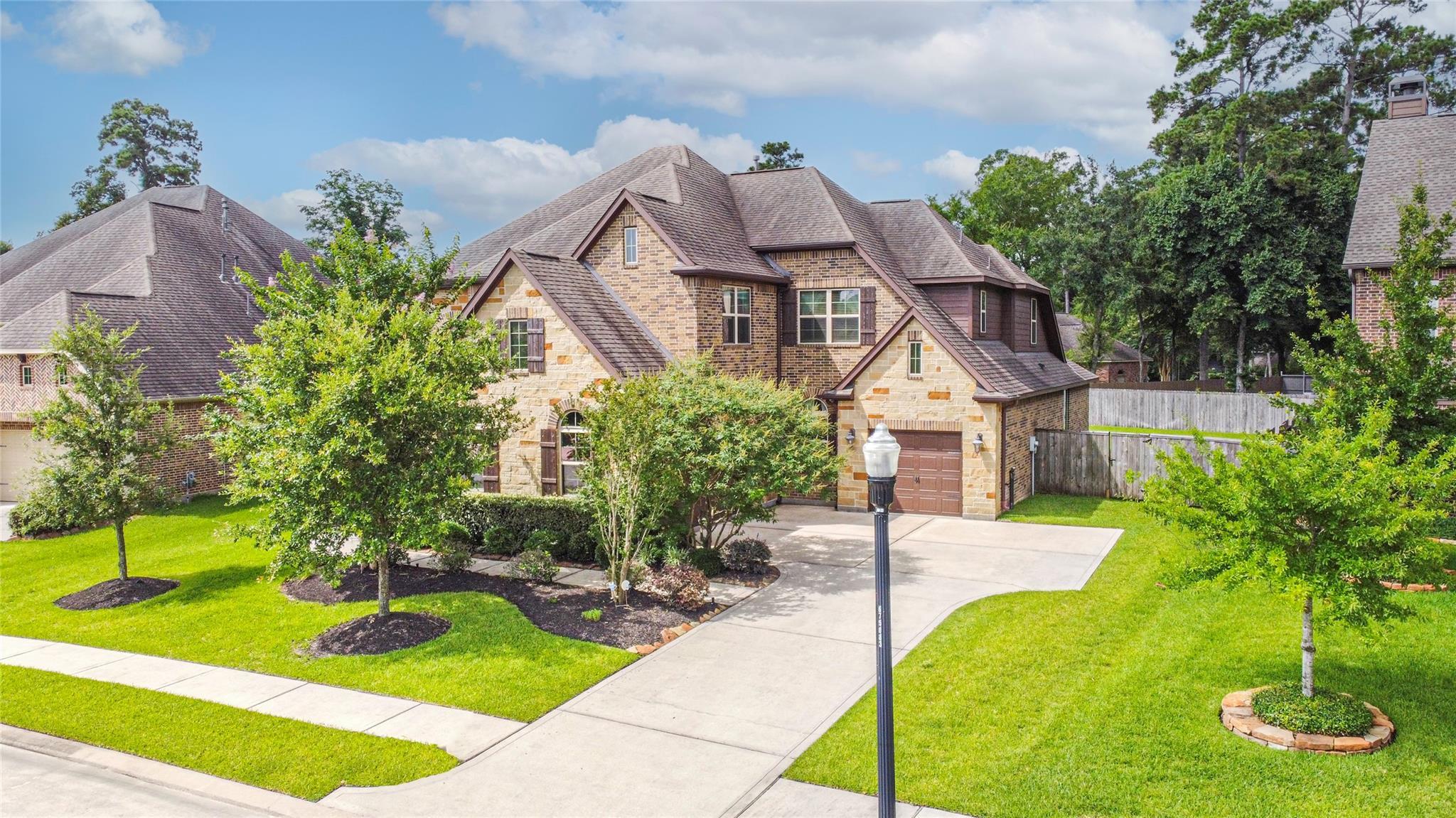 2715 Alan Lake Lane Property Photo