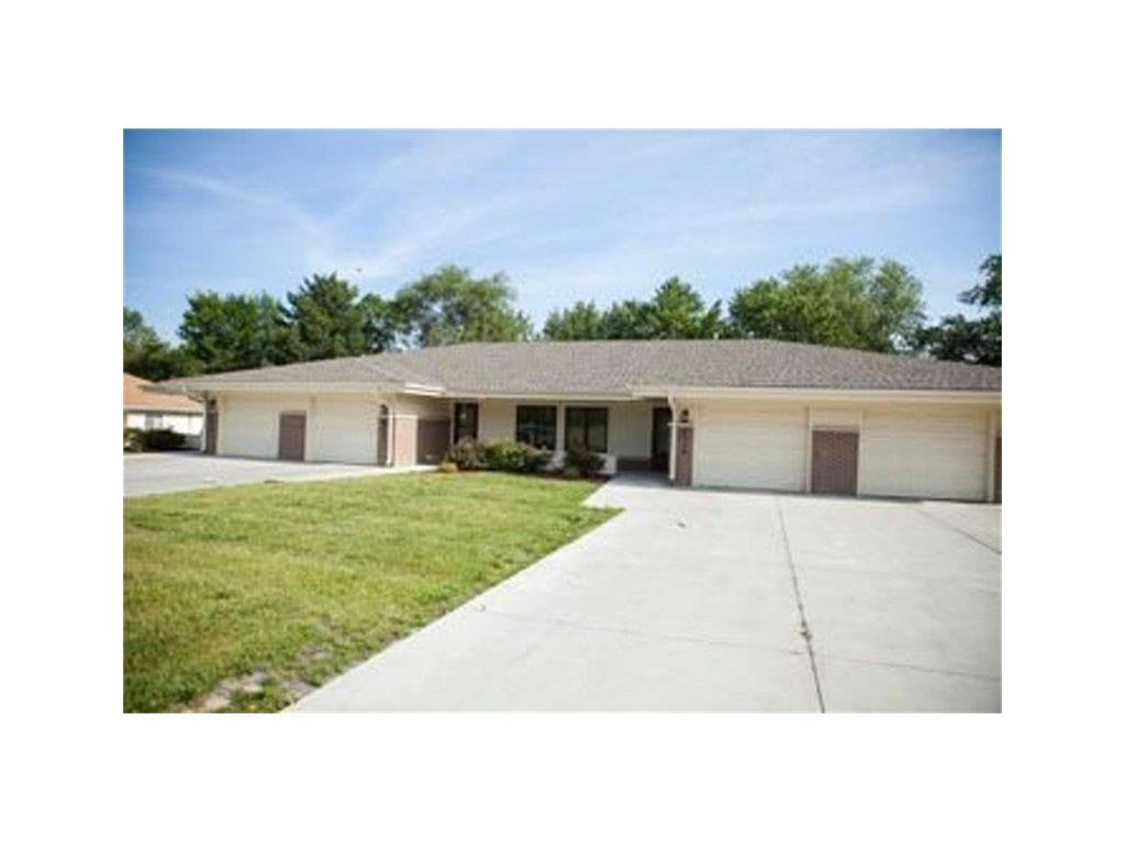 6025 Ville De Sante Drive, Omaha, NE 68104 - Omaha, NE real estate listing