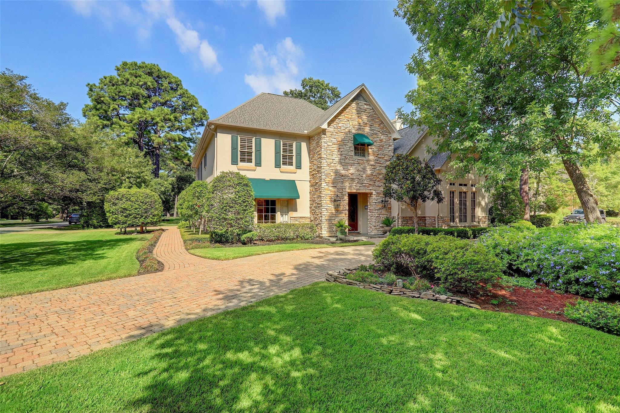 805 Brogden Road Property Photo - Hedwig Village, TX real estate listing