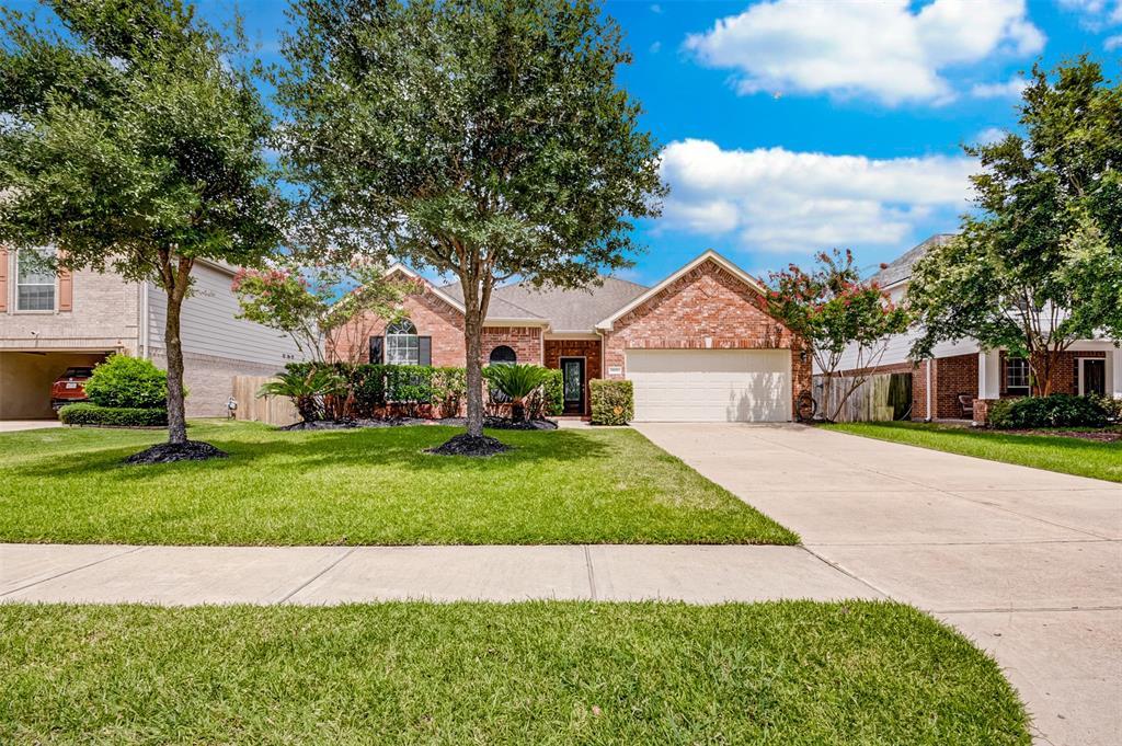 1722 Sonny Path Drive Property Photo - Katy, TX real estate listing