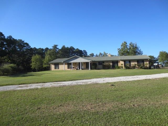 208 CR 4215 Property Photo - Lovelady, TX real estate listing
