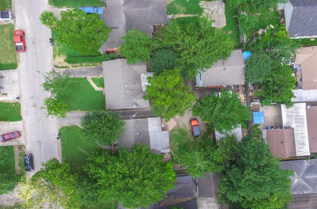 10525 Fairfax Street Property Photo