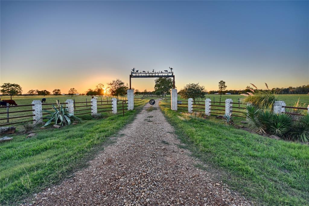 15993 Fm 1887 Road Property Photo - Hempstead, TX real estate listing