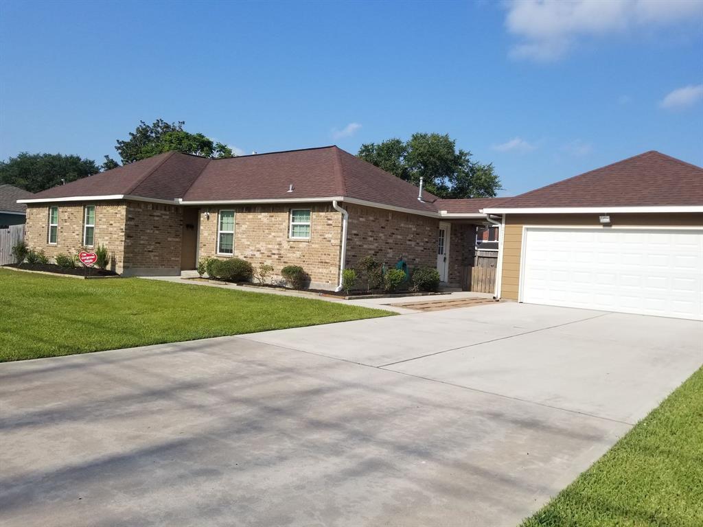 2116 Plunkett Street Property Photo - Deer Park, TX real estate listing