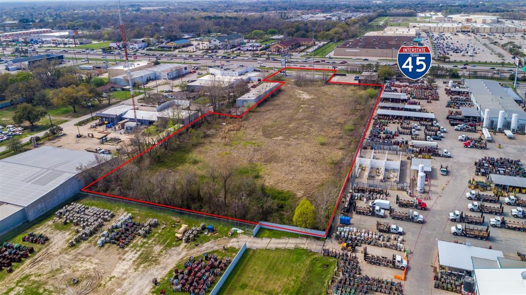 10200 North Fwy, Houston, TX 77037 - Houston, TX real estate listing