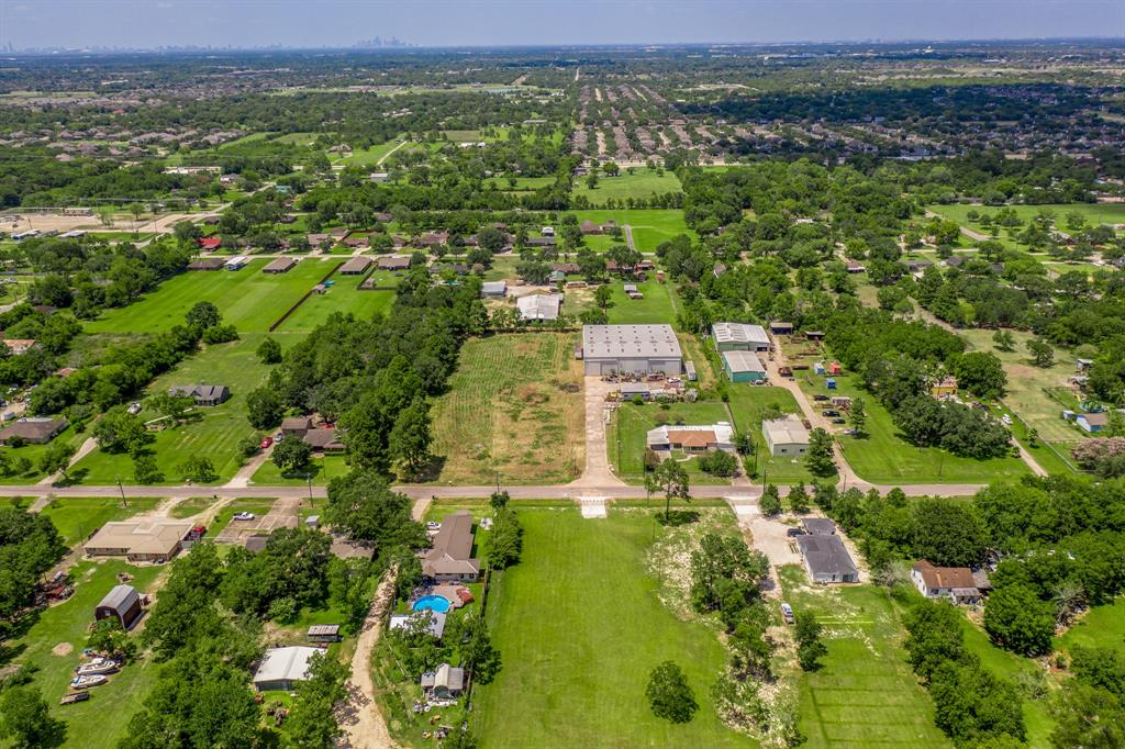 6521 Amie Lane Property Photo - Pearland, TX real estate listing