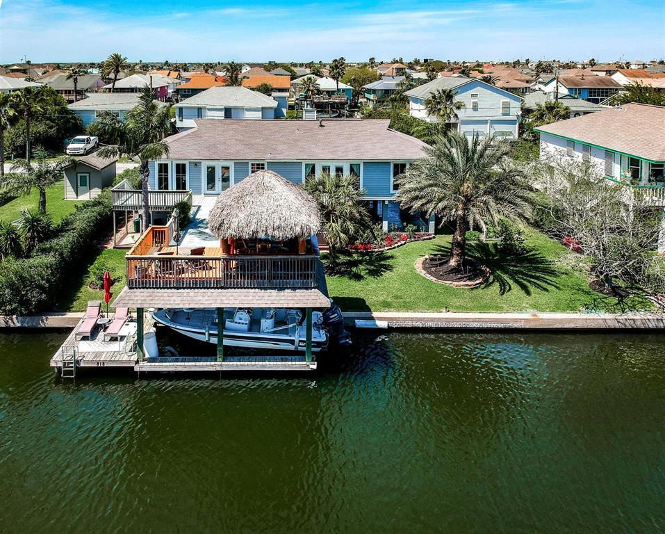 818 Marlin Street Property Photo - Bayou Vista, TX real estate listing